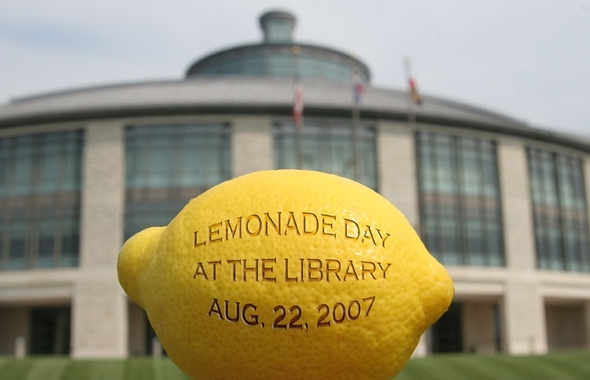 Slideshow_lemonade_day_2007